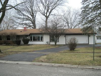 323 DUNDEE DR, Lockport, IL 60441 - Photo 2