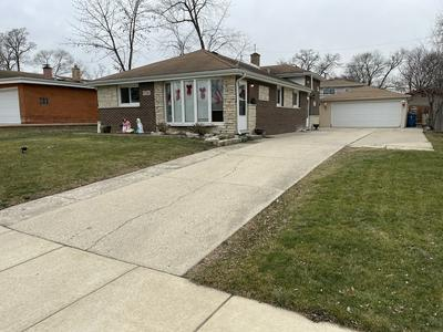 736 N CRAIG PL, Addison, IL 60101 - Photo 1