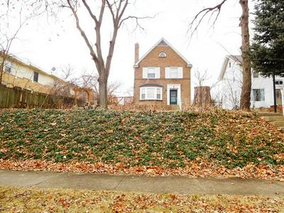 5 NICHOLSON ST, Joliet, IL 60435 - Photo 2