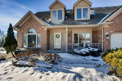 18 MAPLE RIDGE LN, Yorkville, IL 60560 - Photo 2