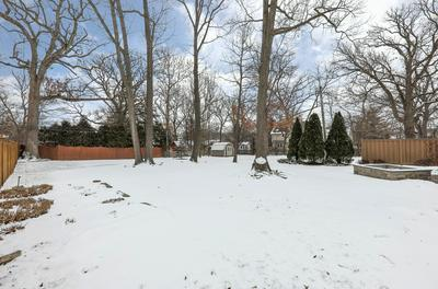 4725 LEE AVE, Downers Grove, IL 60515 - Photo 2