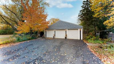 7607 HAMILTON AVE, Burr Ridge, IL 60527 - Photo 2