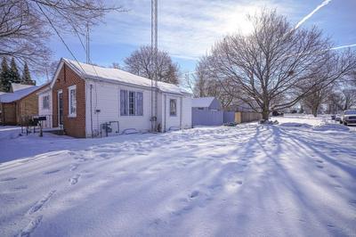 724 ALLEN ST, Belvidere, IL 61008 - Photo 1