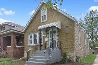 8342 S PHILLIPS AVE, CHICAGO, IL 60617 - Photo 1