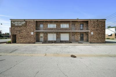8100 W 95TH ST # 2N, Hickory Hills, IL 60457 - Photo 1