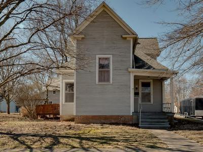 208 N EAST ST, Lexington, IL 61753 - Photo 1