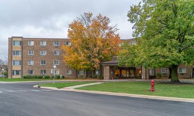 1375 REBECCA DR APT 316, Hoffman Estates, IL 60169 - Photo 2