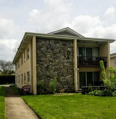 1221 N LA GRANGE RD APT 1R, La Grange Park, IL 60526 - Photo 2
