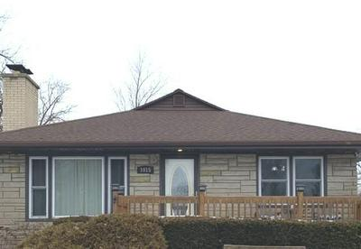 1015 COOPER ST, DIXON, IL 61021 - Photo 2