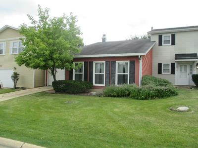 2177 COLLEGE DR, Glendale Heights, IL 60139 - Photo 2