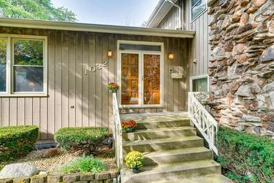 1032 62ND CT, DOWNERS GROVE, IL 60516 - Photo 2