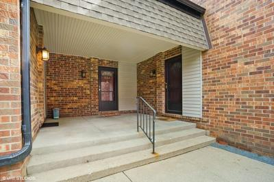 554 W NORTHWEST HWY UNIT B, Palatine, IL 60067 - Photo 2