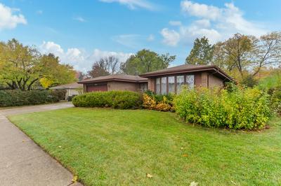 904 W KIRCHHOFF RD, Arlington Heights, IL 60005 - Photo 2