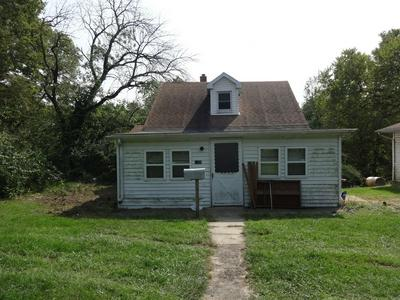 1108 FRONT ST, Henry, IL 61537 - Photo 1