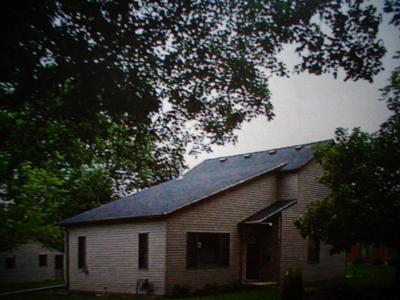 105 N MORGAN ST, Lexington, IL 61753 - Photo 1