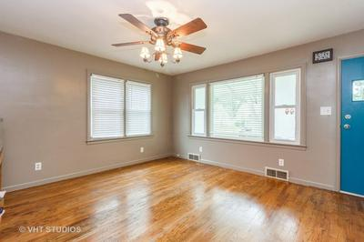 430 S TANNER AVE, Kankakee, IL 60901 - Photo 2