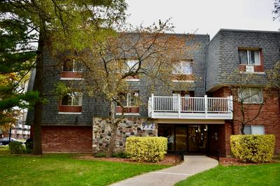 912 RIDGE SQ APT 105, Elk Grove Village, IL 60007 - Photo 1