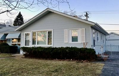 9062 S CORCORAN RD, Hometown, IL 60456 - Photo 1