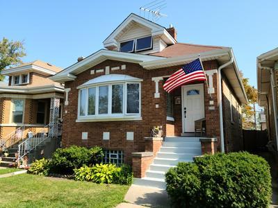 7820 W CRESSETT DR, Elmwood Park, IL 60707 - Photo 2