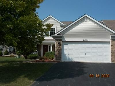 21502 ABBEY LN, Crest Hill, IL 60403 - Photo 1