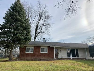 495 ARLINGTON ST, Hoffman Estates, IL 60169 - Photo 1