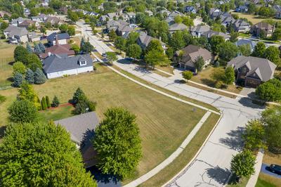 744 MERRILL NEW RD, Sugar Grove, IL 60554 - Photo 2