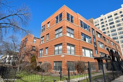 7425 N SHERIDAN RD APT GW, CHICAGO, IL 60626 - Photo 1