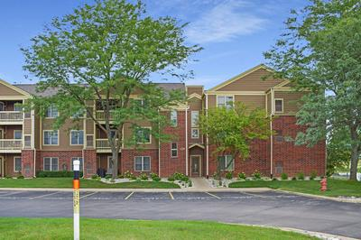 129 GLENGARRY DR APT 109, Bloomingdale, IL 60108 - Photo 1
