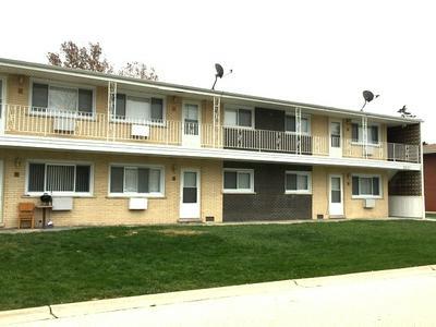 8641 S 82ND CT APT 8, Hickory Hills, IL 60457 - Photo 2