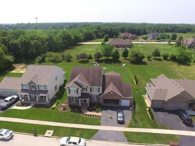 5330 WATERS BEND DR, Belvidere, IL 61008 - Photo 2