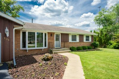 204 FOREST CT, Antioch, IL 60002 - Photo 2
