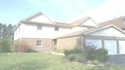 74 TERRY DR APT C, Roselle, IL 60172 - Photo 1
