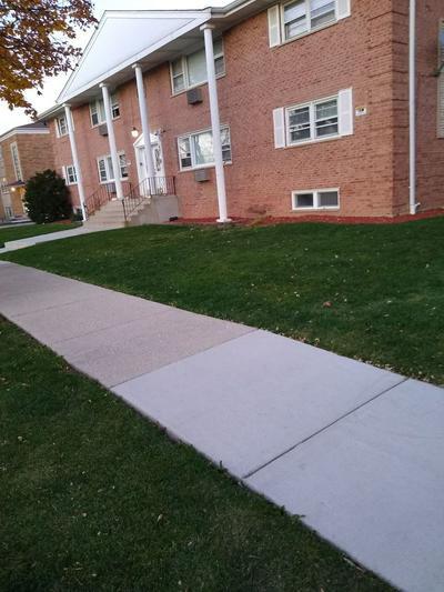 1447 HOMESTEAD RD, La Grange Park, IL 60526 - Photo 2