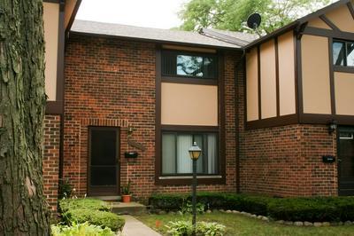18W261 STANDISH LN, Villa Park, IL 60181 - Photo 1