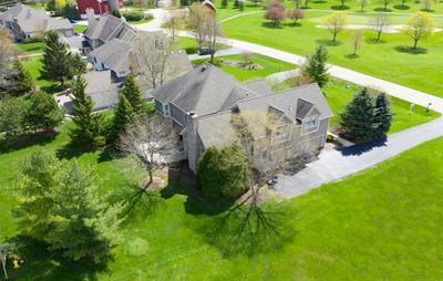 9710 PALMER DR, Lakewood, IL 60014 - Photo 2