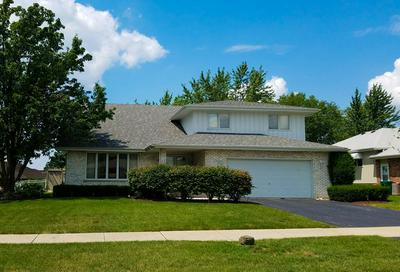 709 N GLENMORE ST, LOCKPORT, IL 60441 - Photo 2
