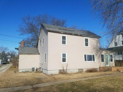 204 W DAVISON ST, ROANOKE, IL 61561 - Photo 2
