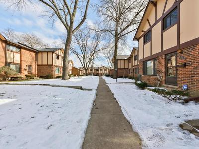 18W269 KIRKLAND LN, Villa Park, IL 60181 - Photo 2