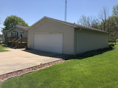 629 W HOPKINS AVE, Granville, IL 61326 - Photo 2