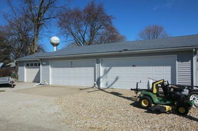 503 N CHESTNUT ST, WAPELLA, IL 61777 - Photo 2