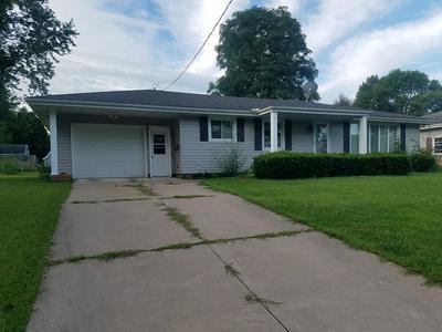 707 W DAVISON ST, ROANOKE, IL 61561 - Photo 1