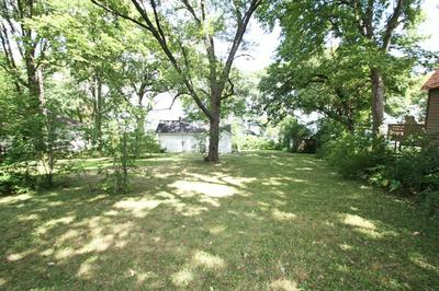 39203 N JACKSON DR, Spring Grove, IL 60081 - Photo 1