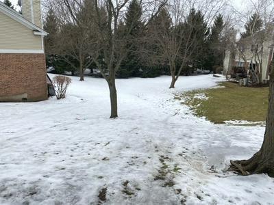 612 HILLVIEW CT, West Chicago, IL 60185 - Photo 2
