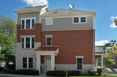 226 W HYDE ST # 8-4, Arlington Heights, IL 60005 - Photo 1