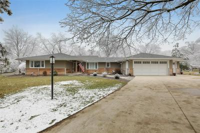 1006 FORESTVIEW DR, Mahomet, IL 61853 - Photo 1