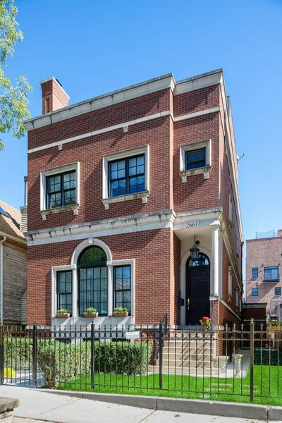 2661 N DAYTON ST, Chicago, IL 60614 - Photo 1