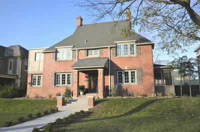 925 N EAST AVE, Oak Park, IL 60302 - Photo 1