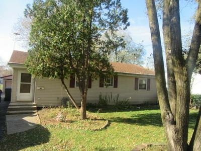 1582 HIGHLAND AVE, GLENDALE HEIGHTS, IL 60139 - Photo 1