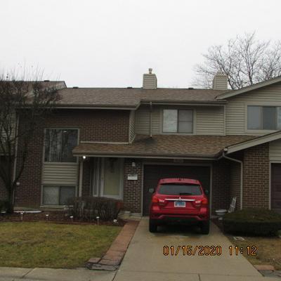 18608 GOLFVIEW DR # 1, Hazel Crest, IL 60429 - Photo 1