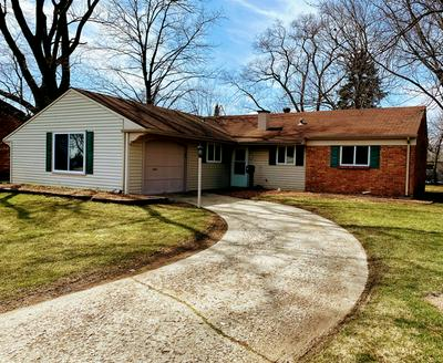 82 OXFORD LN, GLENDALE HEIGHTS, IL 60139 - Photo 2